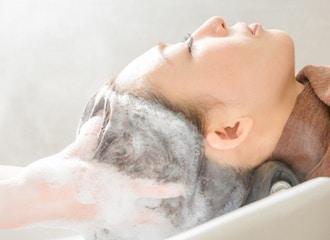 他のヘアサロンとは全く違う!頭皮環境の改善に特化した本格ヘッドスパ