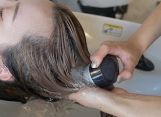 TVやSNSで話題!魔法のバブル【マーブ】<BR>あなたの髪の悩みを全て解消します<BR>施術中の気持ち良さも大好評!<BR>サロンに来るたびに施術したくなります