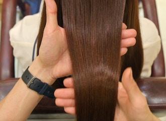 Dh-HAL AVEDAは<br>白髪・薄毛・乾燥ケアを<br>カラーで解決できる美容室です。