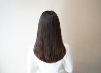 何回もやらなければ綺麗にならない。<br>ではなく、やればやるほど綺麗を実感する【髪質改善】。<br>もちの良さにも自信あり。