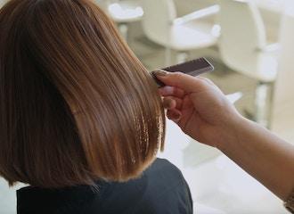 30代後半からの髪質改善で<br>ずっと綺麗が続くお手伝い。<br>アーク茅ヶ崎はエイジングケアに特化した<br>髪質改善サロンです。