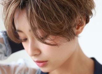 透明感溢れるトレンドヘア <br>イルミナカラーで上質な艶感を