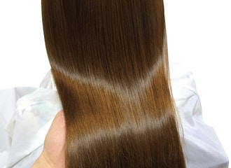 もっと髪のまとまりが欲しい方に<br />パールプラチナ®縮毛矯正
