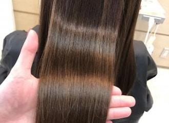 自分史上最高の髪へ。<br>Radはお客様のお悩みを解決する<br>髪質改善が得意なサロンです