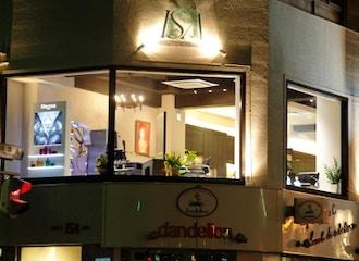美容室ISA 伏見店【イサ】の雰囲気1