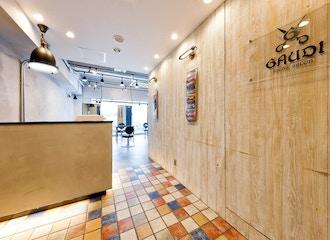 men's salon Gaudi <br />梅田茶屋町店 【メンズサロン ガウディ】の雰囲気1