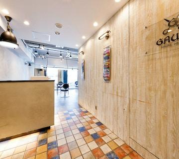 men's salon Gaudi <br />梅田茶屋町店 【メンズサロン ガウディ】店内
