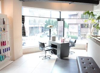 美容室ISA 伏見店【イサ】の雰囲気2
