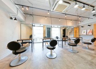 men's salon Gaudi <br />梅田茶屋町店 【メンズサロン ガウディ】の雰囲気2