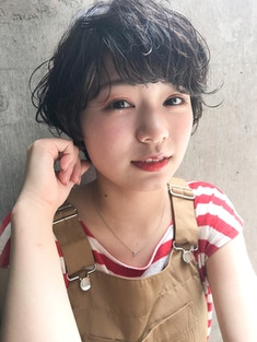 【nana】毛先の動きがカワイイ×フェザーショート