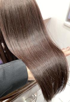 【髪質改善】艶が眩しい艶髪ロング