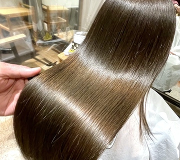 理想を叶える超髪質改善オーダートリートメント【Aujua極】