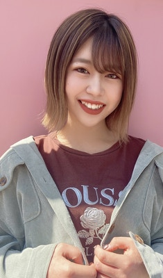 戸沢 彩子