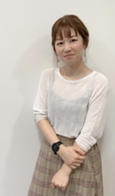 嵜川 悦子
